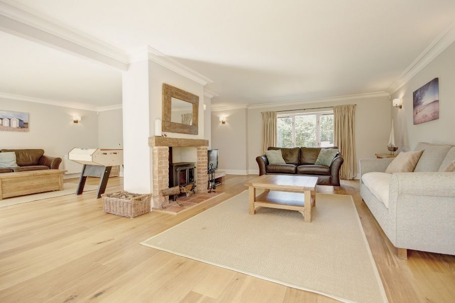 The Stables 4 bedrooms | Sitting room