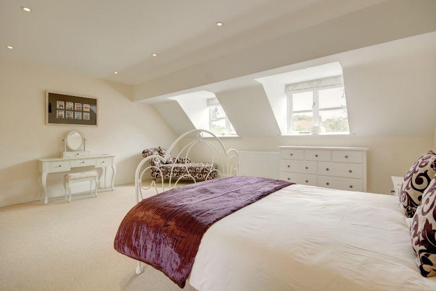 The Stables 3 bedrooms   Bedroom 1