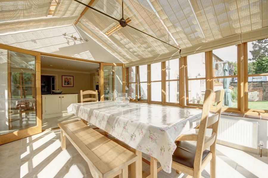 The Stables 3 bedrooms   Conservatory