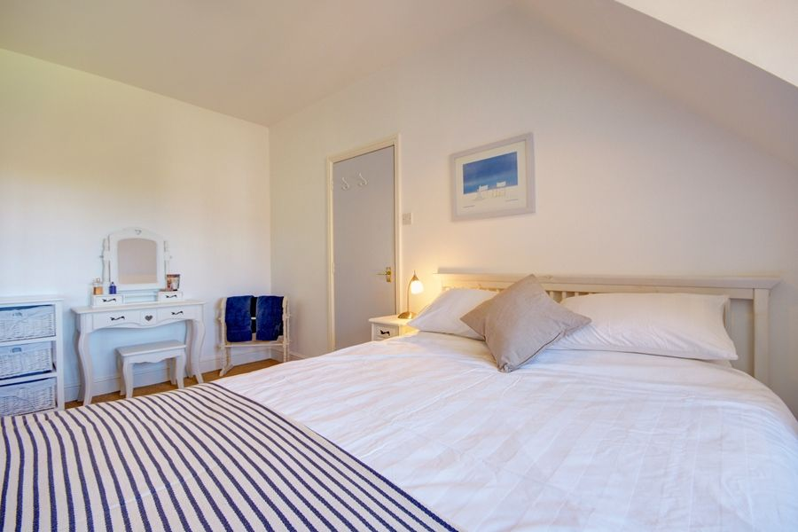 2 Dormy House | Bedroom
