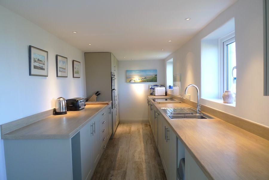 Island House   Kitchen