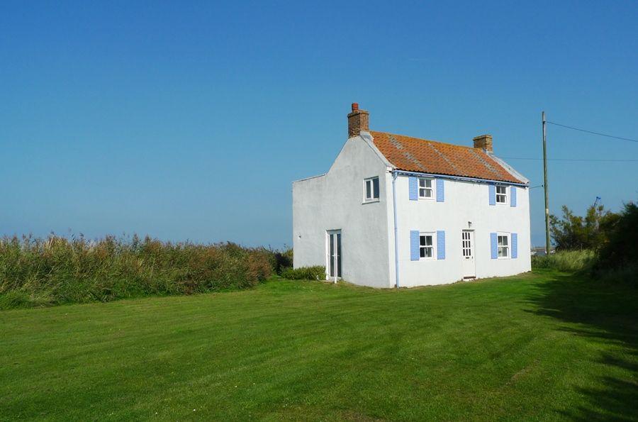 Island House | Outside