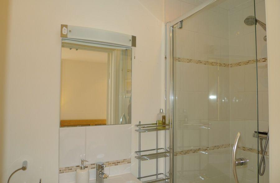 Brancaster House | En-suite 2