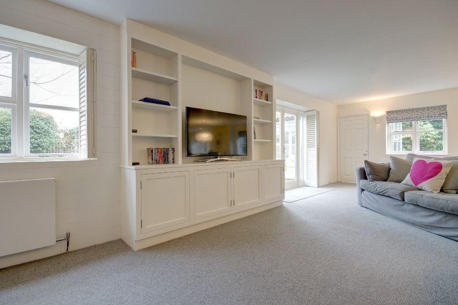 Creake Road Cottage   Sitting room
