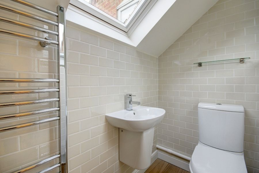 Creake Road Cottage | Bedroom 4 loo