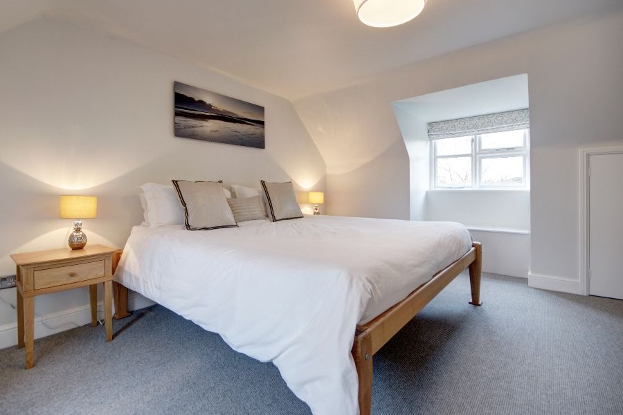 Creake Road Cottage | Bedroom 1