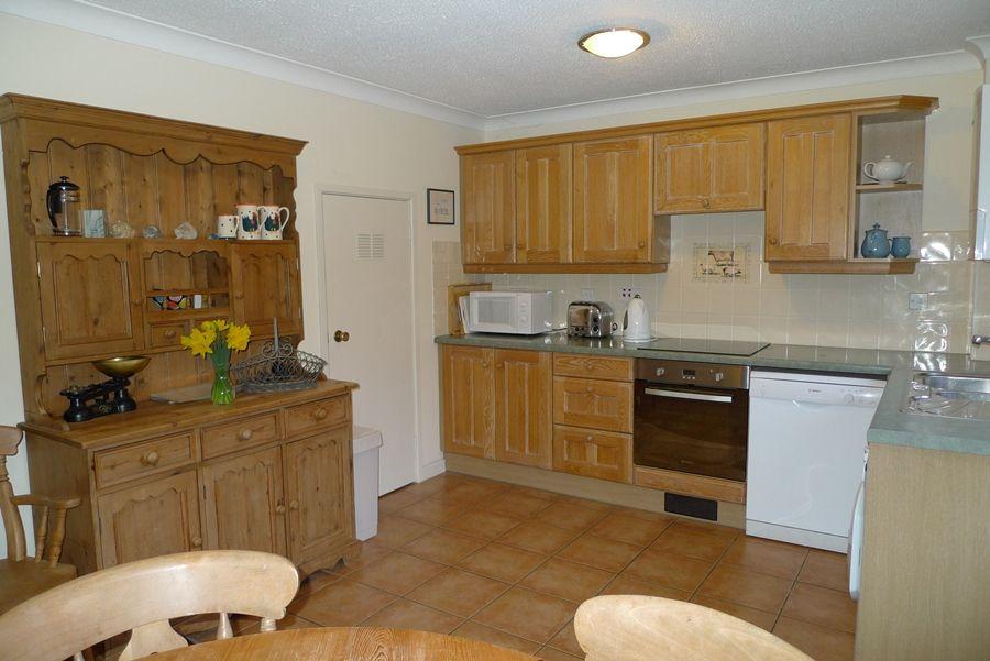 5 Erpingham Court | Kitchen