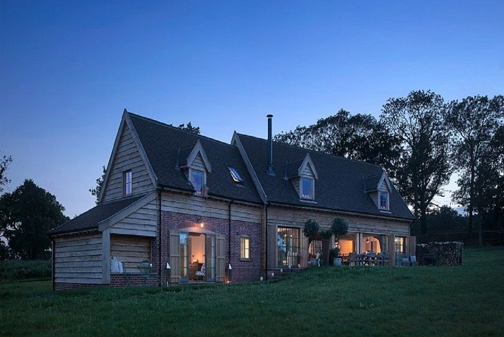 The Cartshed is a traditional oak and elm timber-framed Suffolk barn which has been lovingly restored using traditional methods to create a seriously special English country cottage
