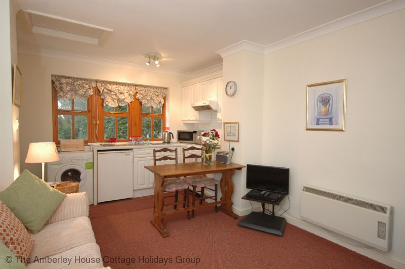 Large Image 4 - Grooms Cottage