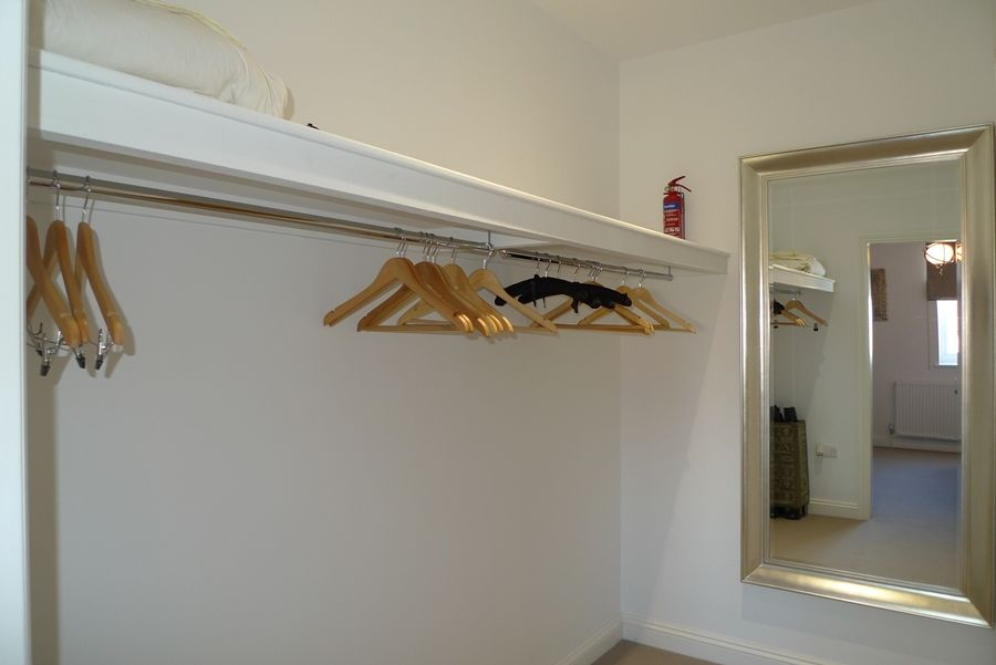 Willow Lodge 4 bedrooms | Bed 1 dressing room
