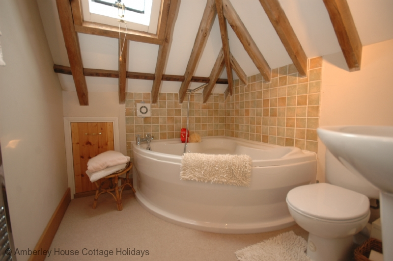 shed with bathtub the old tractor shed holiday cottage sleeps 5 sutton