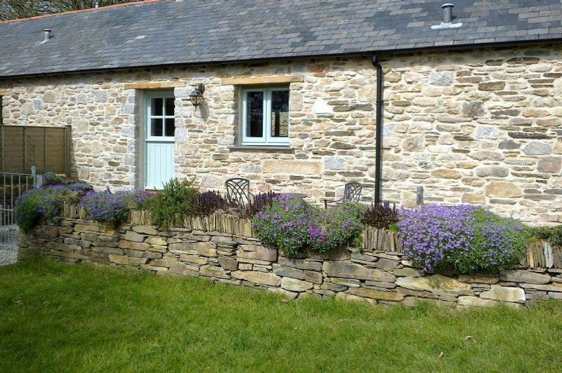 Yew Tree Barn - Main Image