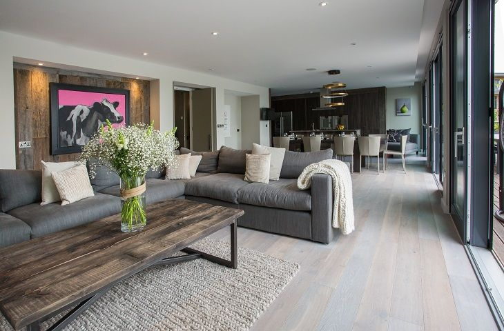 Groung floor sitting room, outdoor terraces on ground and top floor