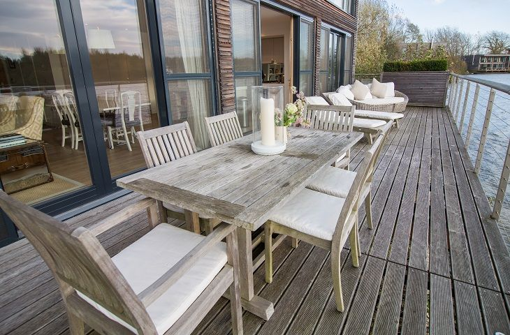 Large terrace area with BBQ