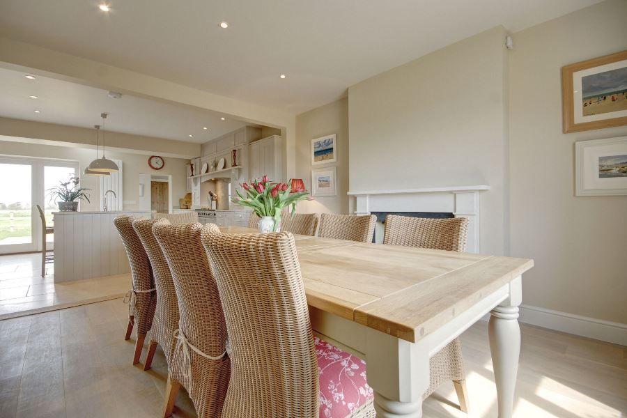 Greystones 3 bedrooms | Dining room