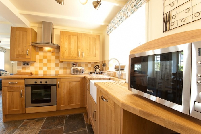 Cornwall Holiday Cottages Coombe Holly Cottage