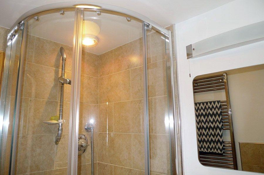 Basil Cottage | Shower room