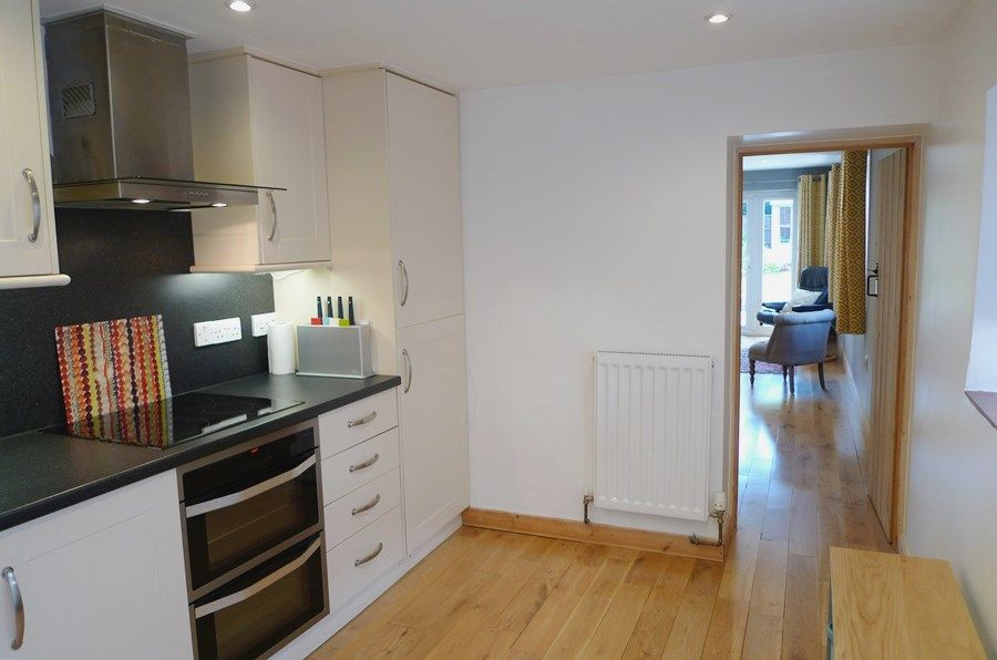 Basil Cottage | Kitchen
