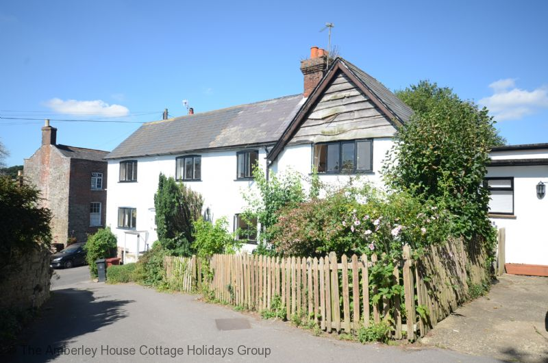 Large Image - Barrington Cottage - Byworth near Petworth, West Sussex