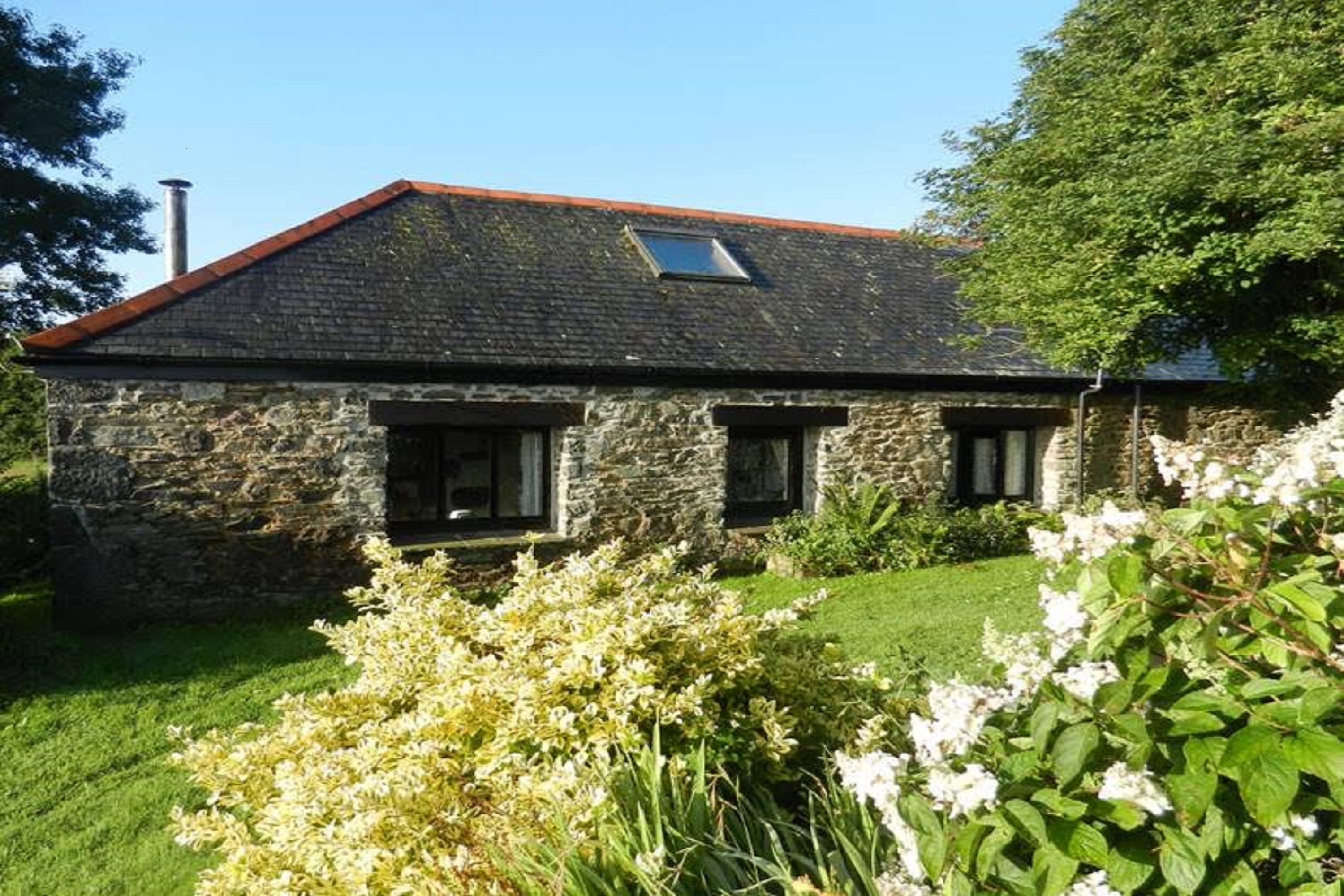 Cove View Holiday Cottage In Porthallow Cornwall