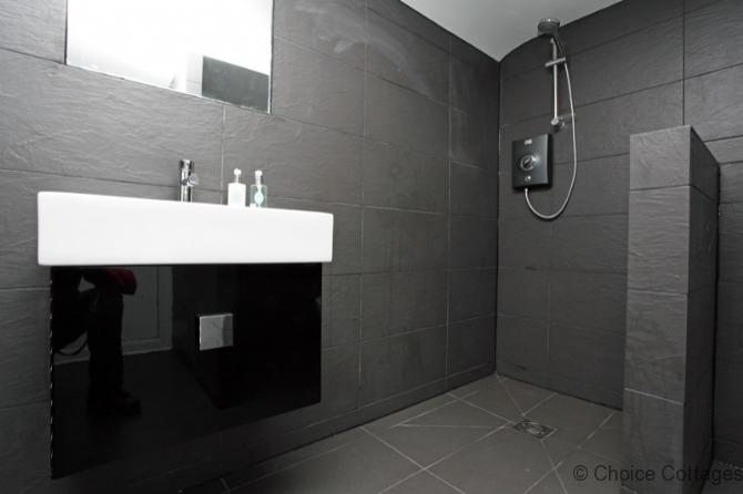 Luxurious 4 Bedroom Cottage In Croyde Sleeps 8 Stones Throw