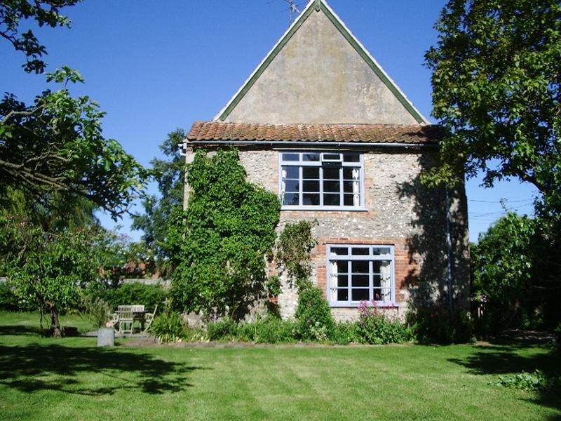 Old Cottage | Outside