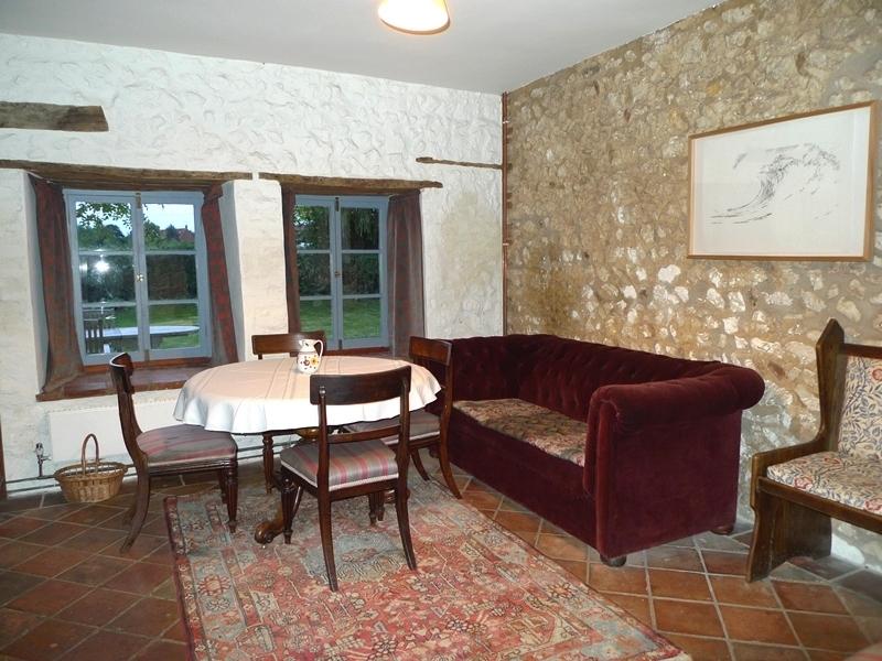 Old Cottage | Hall