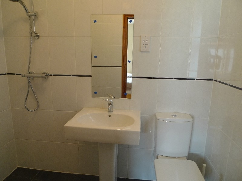 The Sidings   Buffers End | Downstairs wet room