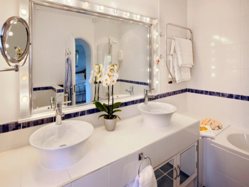 West Harbour House 5 bedrooms | Bathroom