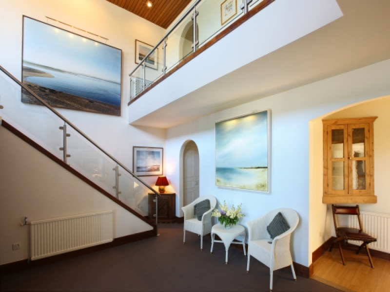 West Harbour House sleeps 8 | Hallway