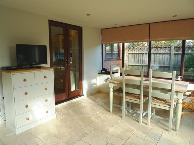 Pickles Cottage   Garden room