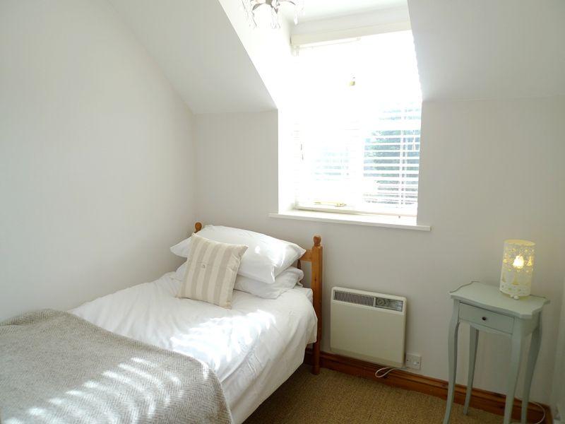 Owl Cottage | Single room