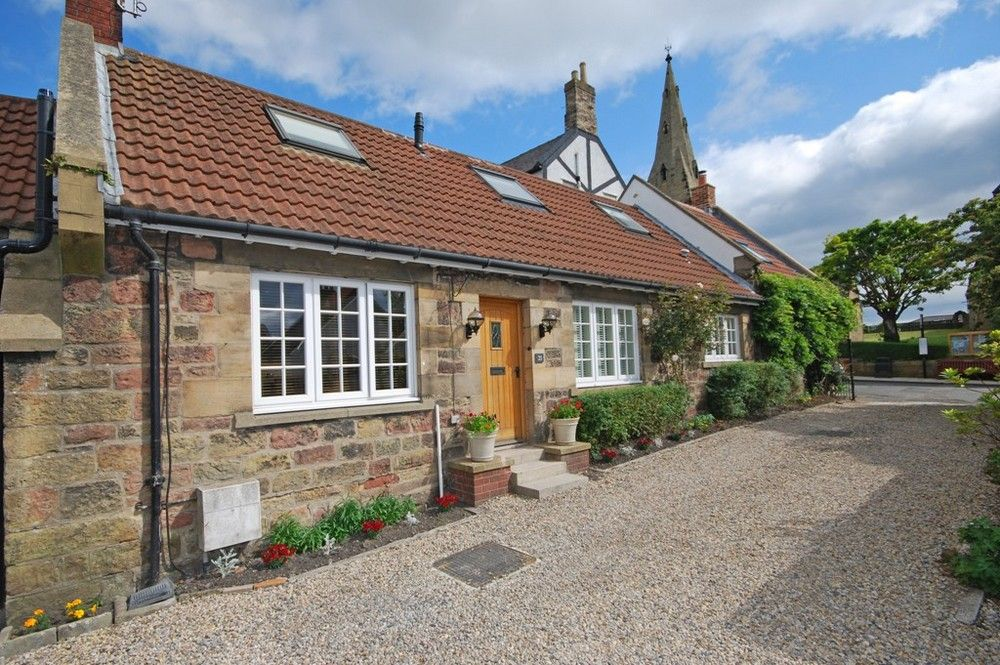 """""""Visited many many times. Cosy and idyllic cottage."""""""