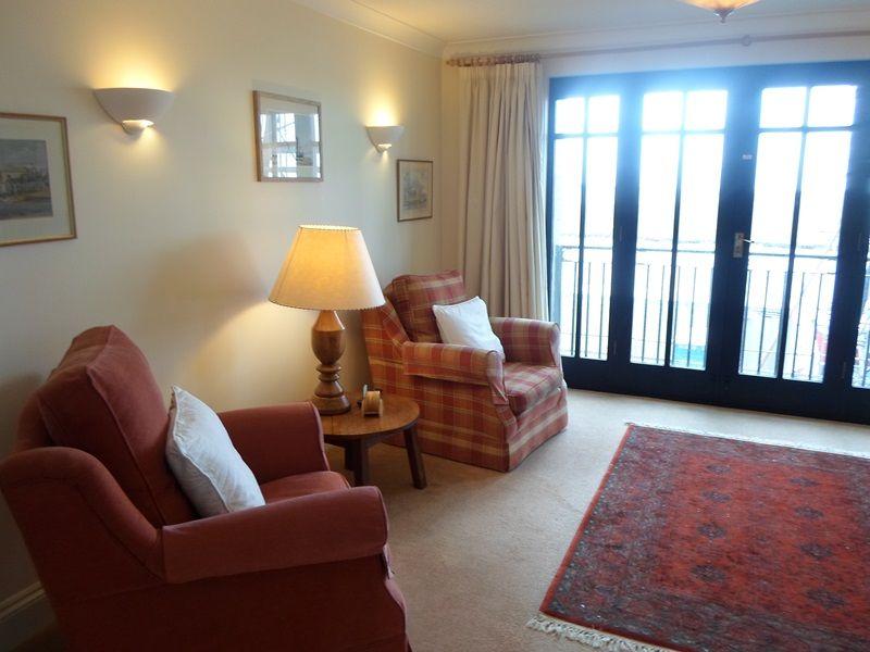 2 The Granary   Sitting room