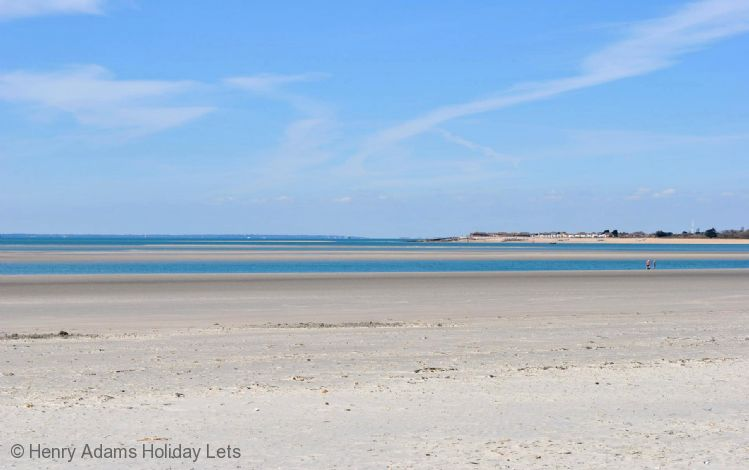 Dog Friendly Holiday Cottages West Wittering