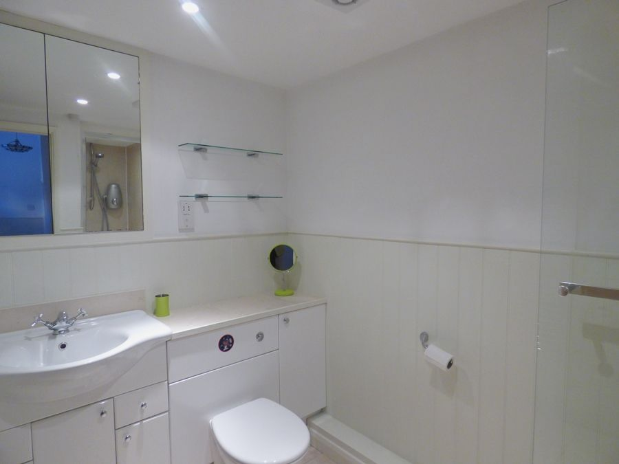 The Gables in Wells | Downstairs shower room