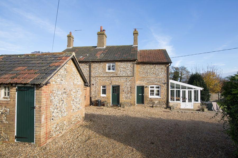Egmere End Cottage | Front