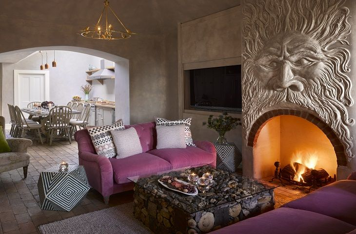 Garden Cottage - Ground floor - Sitting room with stunning feature fireplace