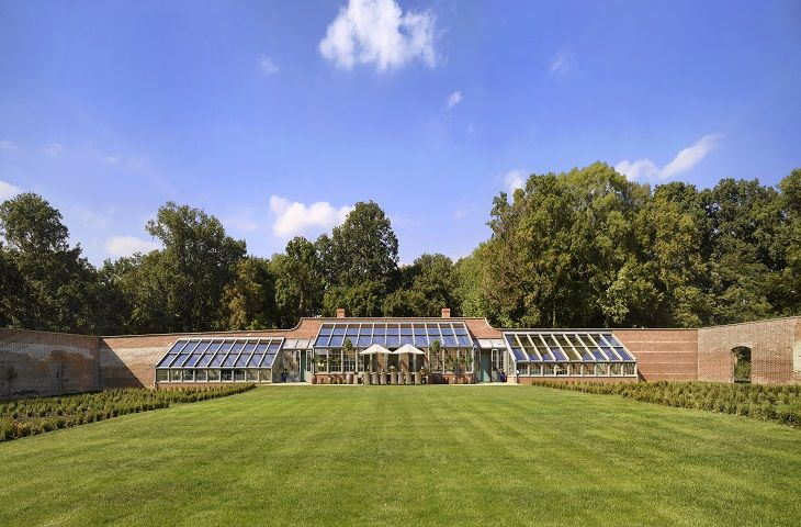 The Walled Garden - Your own private walled garden to play in, or relax and enjoy the peace
