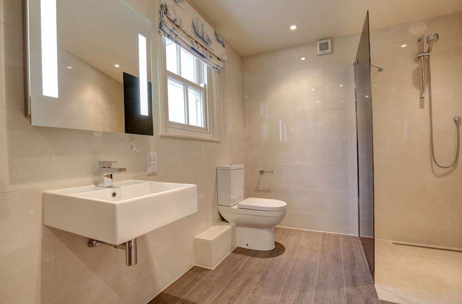 Falgate | Downstairs shower room