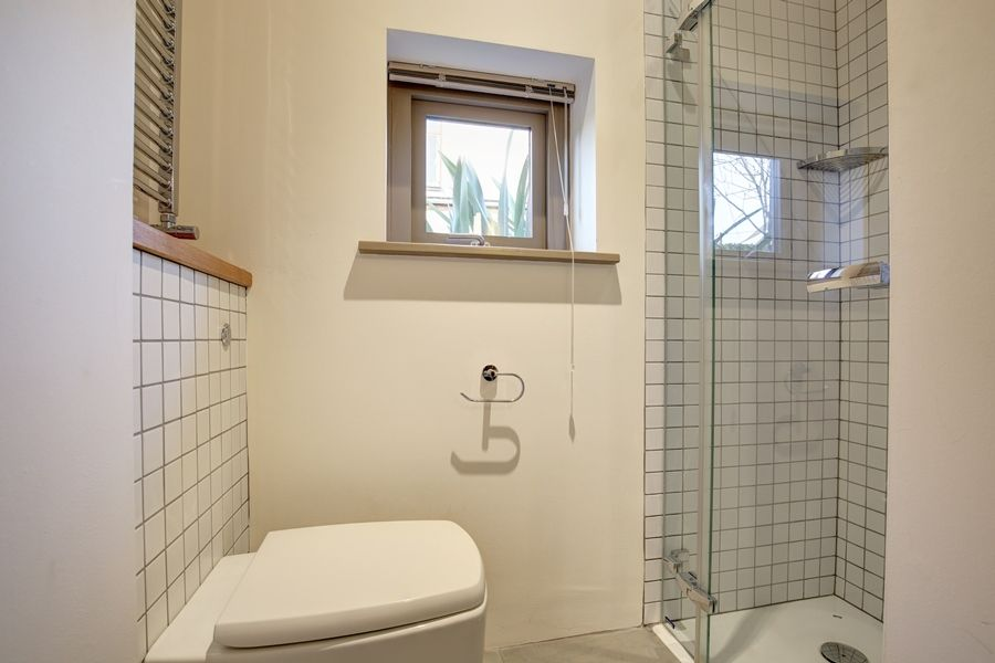 September House | Master en-suite