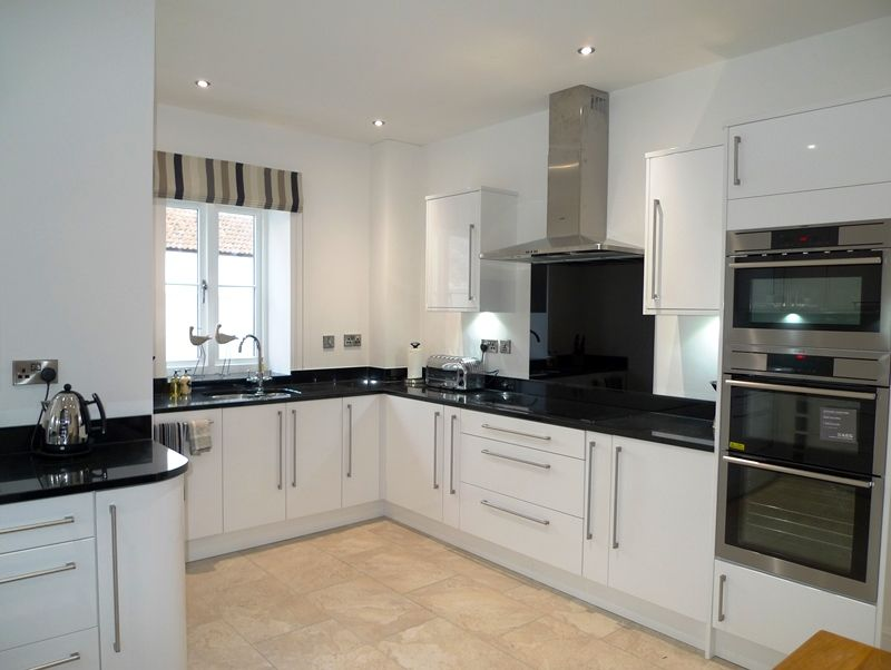 Willow Lodge 2 bedrooms | Kitchen