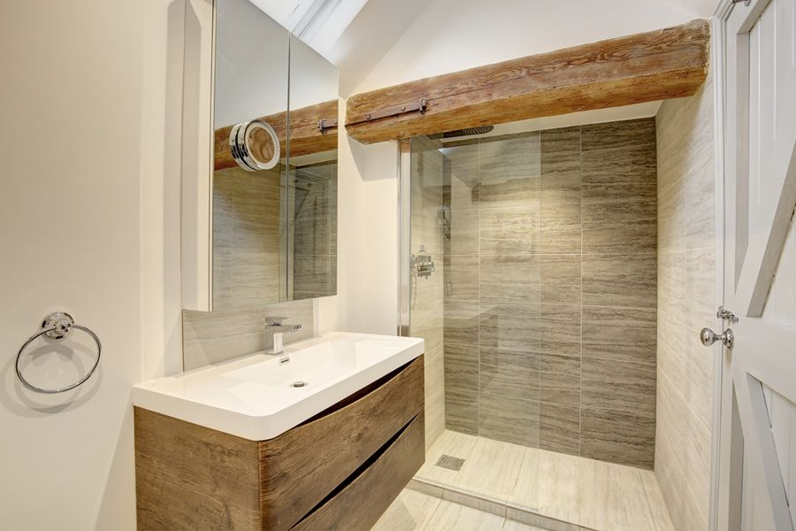 Foundry Stables | Shower room