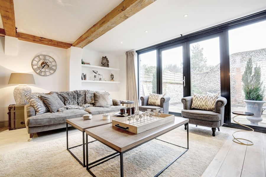 Foundry Stables | Sitting room with view into garden