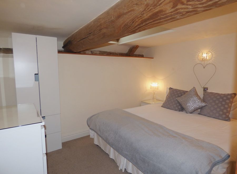 Heron Cottage | Bedroom 1