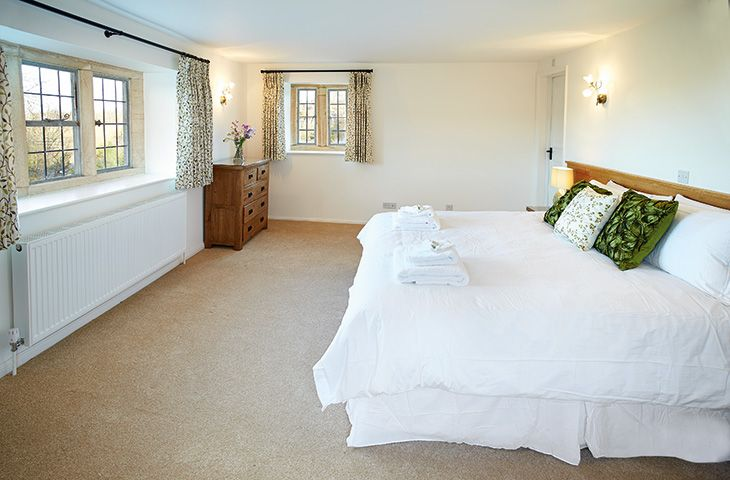 First floor:  6' bed which can convert to single beds upon request