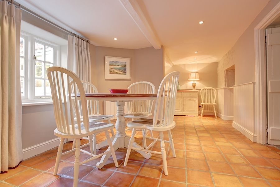 Saffron Cottage | Dining area