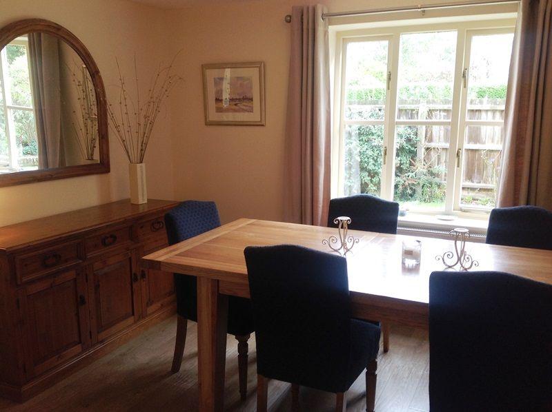 Pebble Cottage Station Road | Dining room