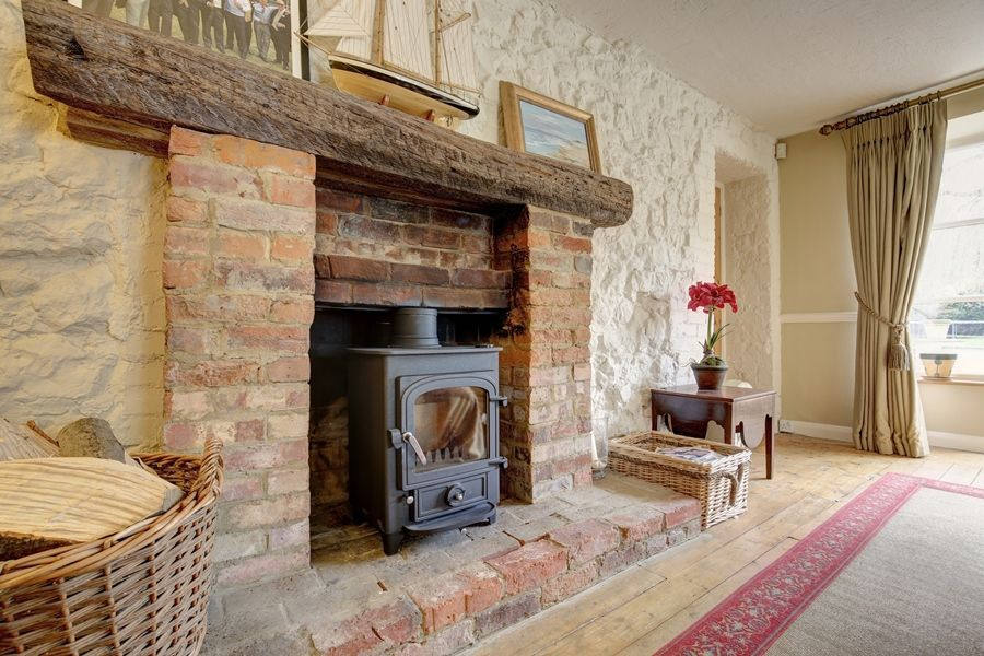 Walnut Pastures | Fireplace