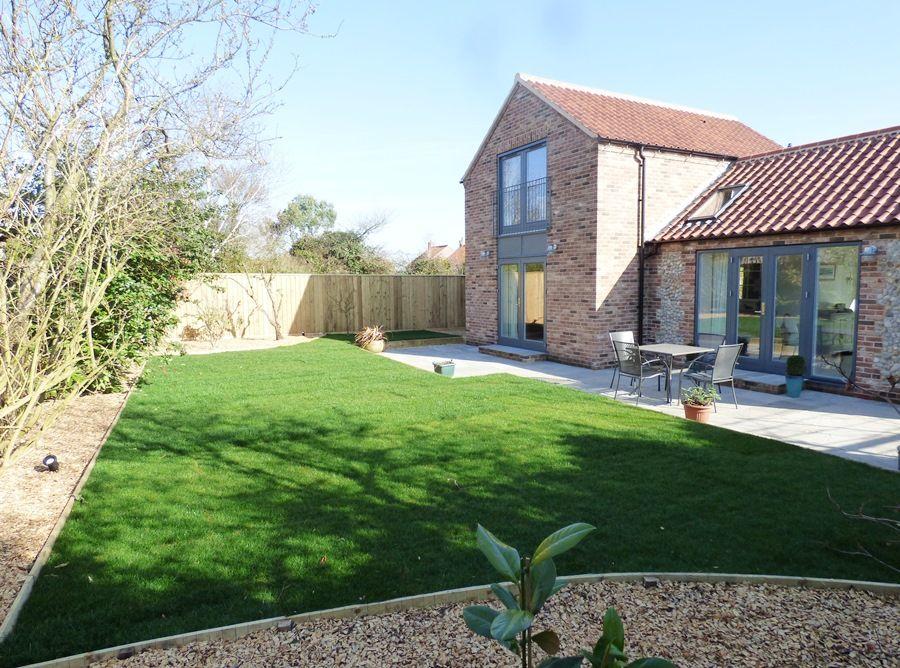 Spring Cottage | Garden